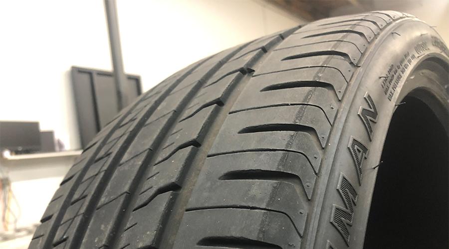 tire_tread_and_sidewall